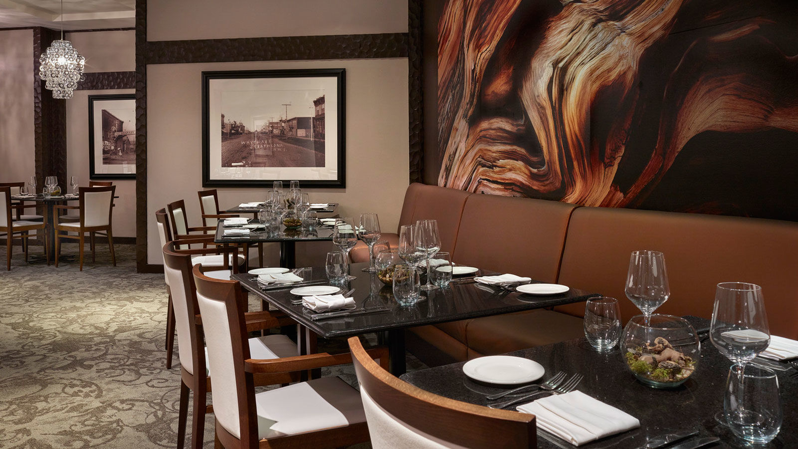 Edmonton canada restaurants the westin edmonton for Best private dining rooms edmonton