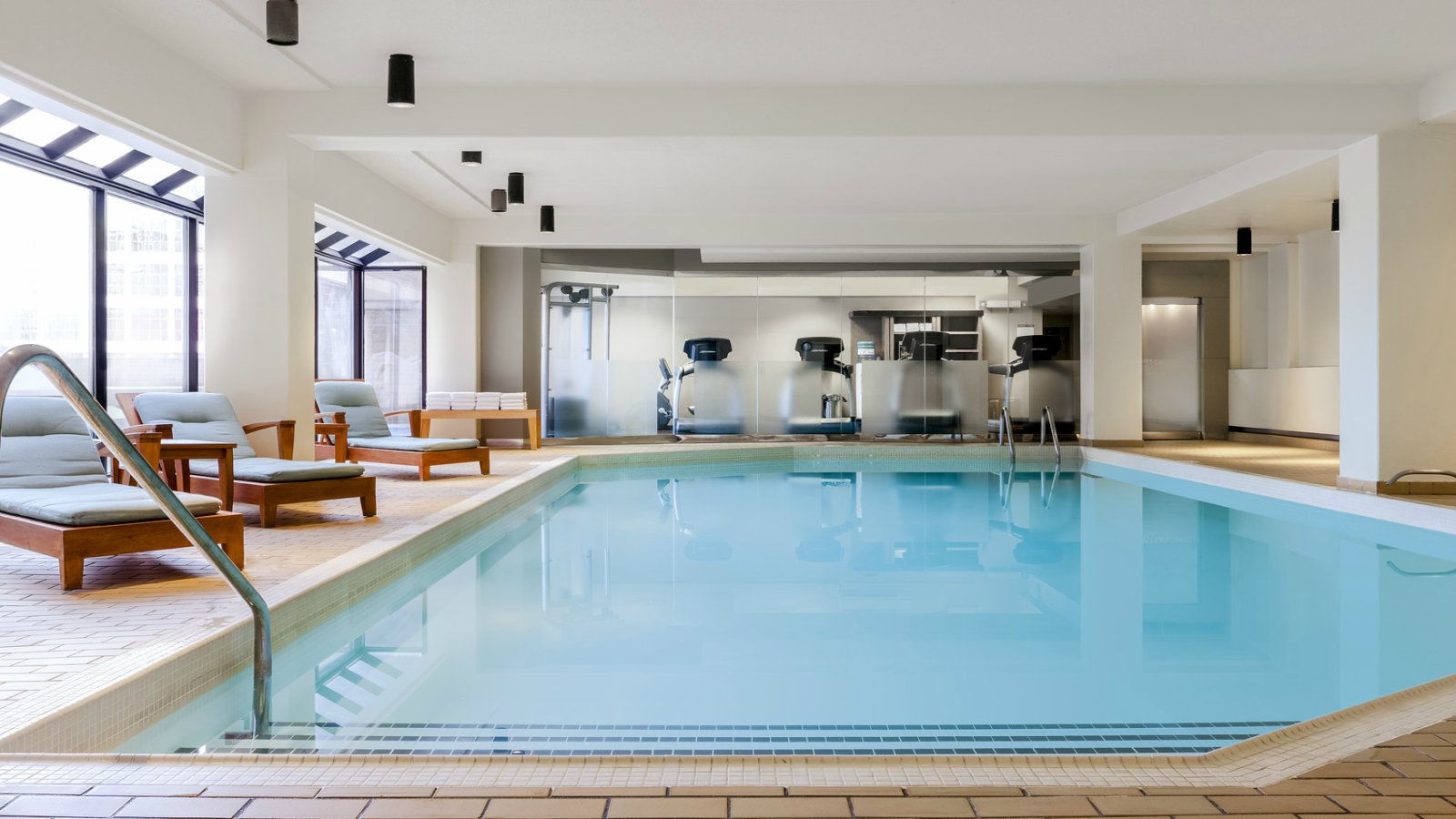 Edmonton Alberta Hotels - Indoor Heated Pool